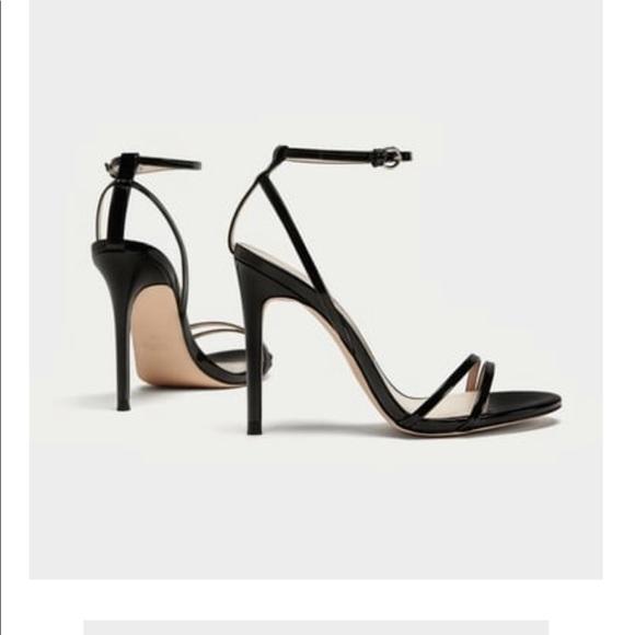 8bbf9445076  Zara  Patent Leather Sandals